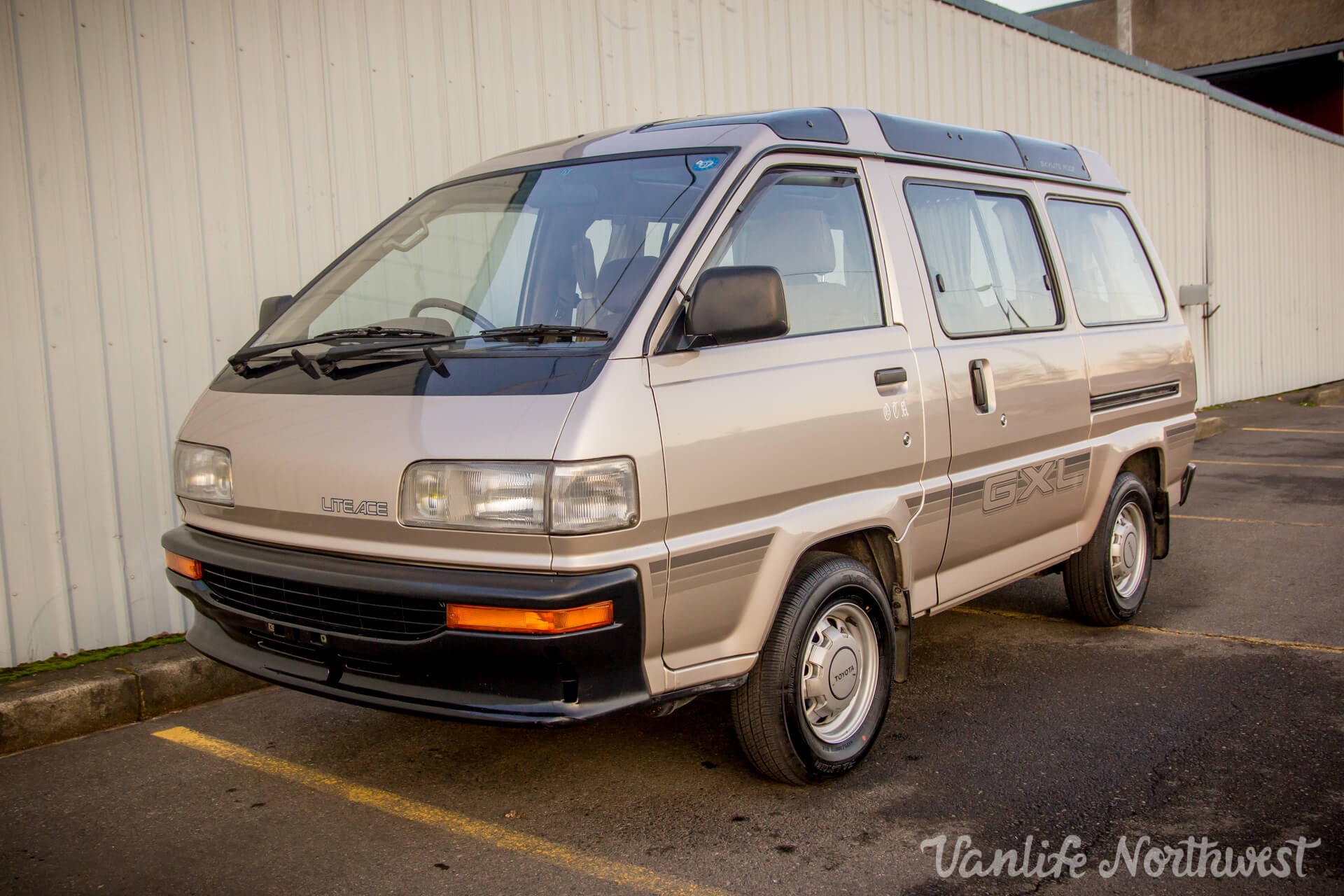 1989ToyotaLiteAce2wdGas65kGXL-6.jpg