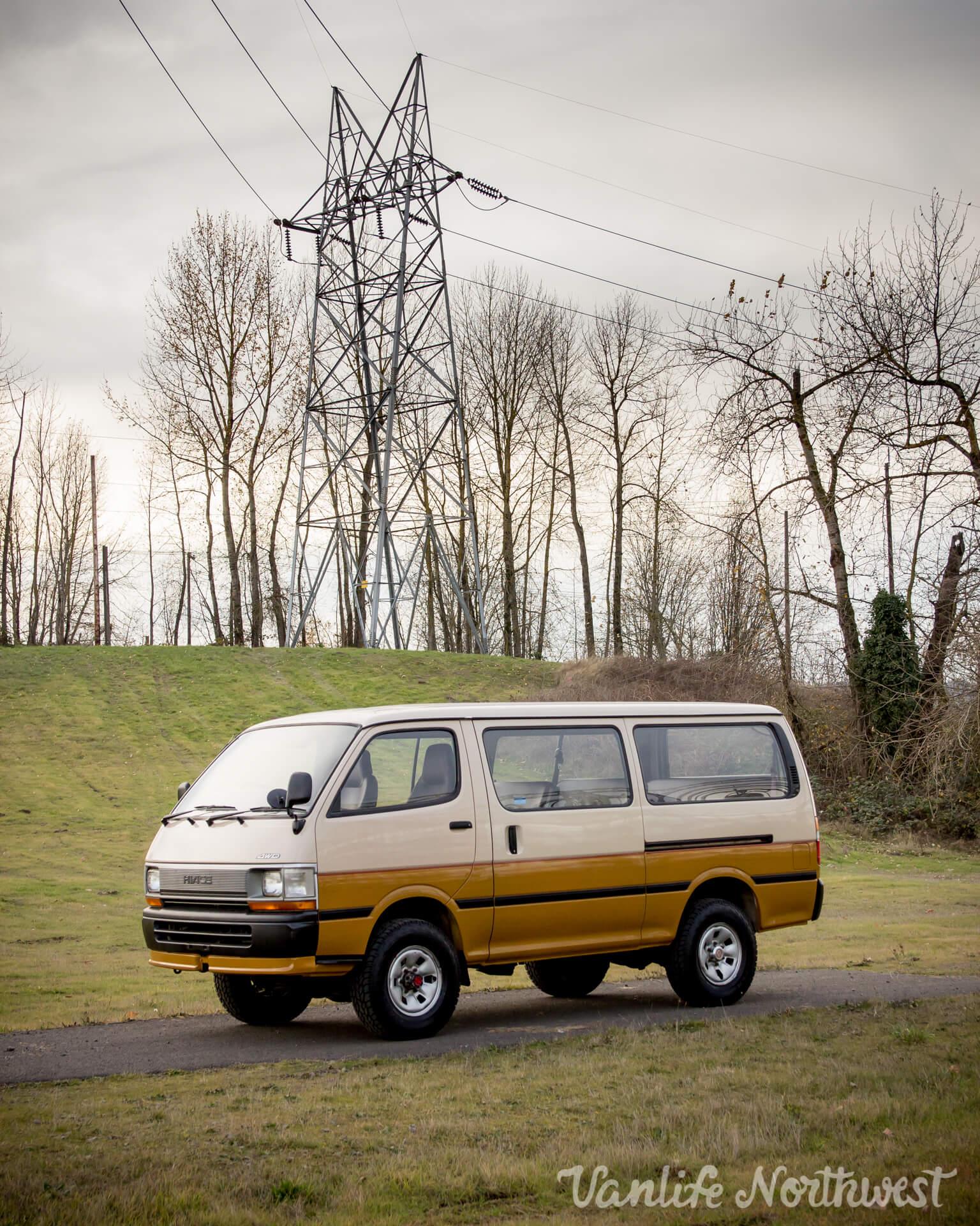 ToyotaHiaceLH117Aric-7.jpg
