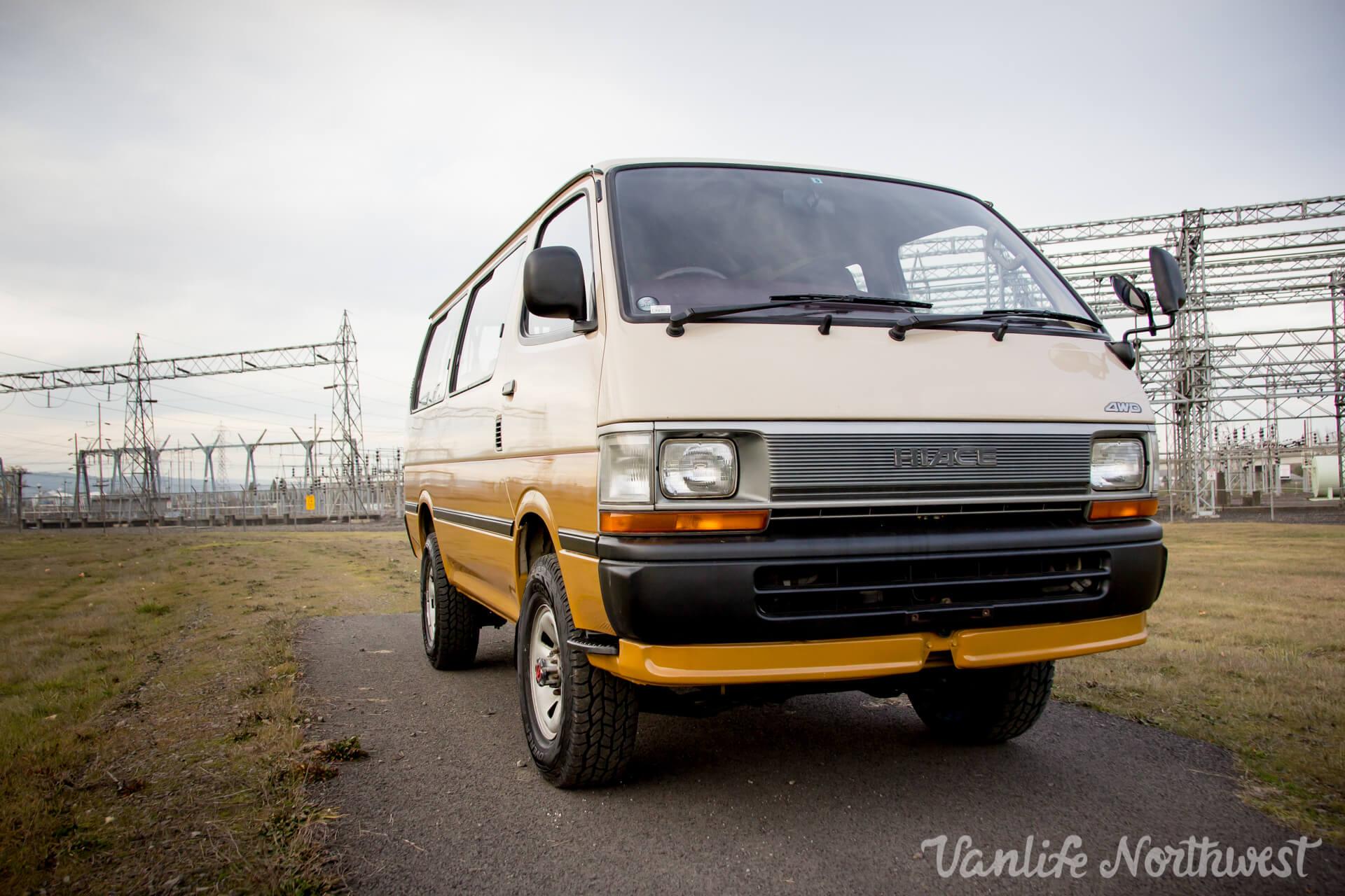 ToyotaHiaceLH117Aric-14.jpg