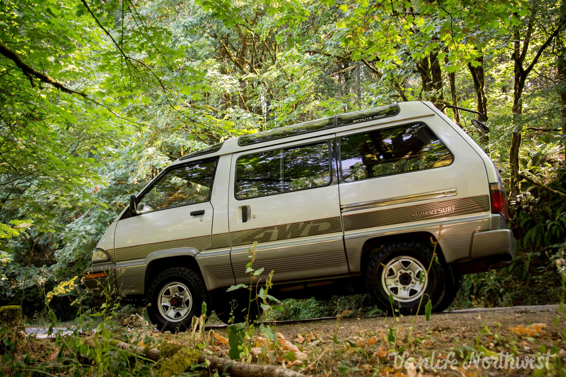 ToyotaCR30SilverRick-8.jpg