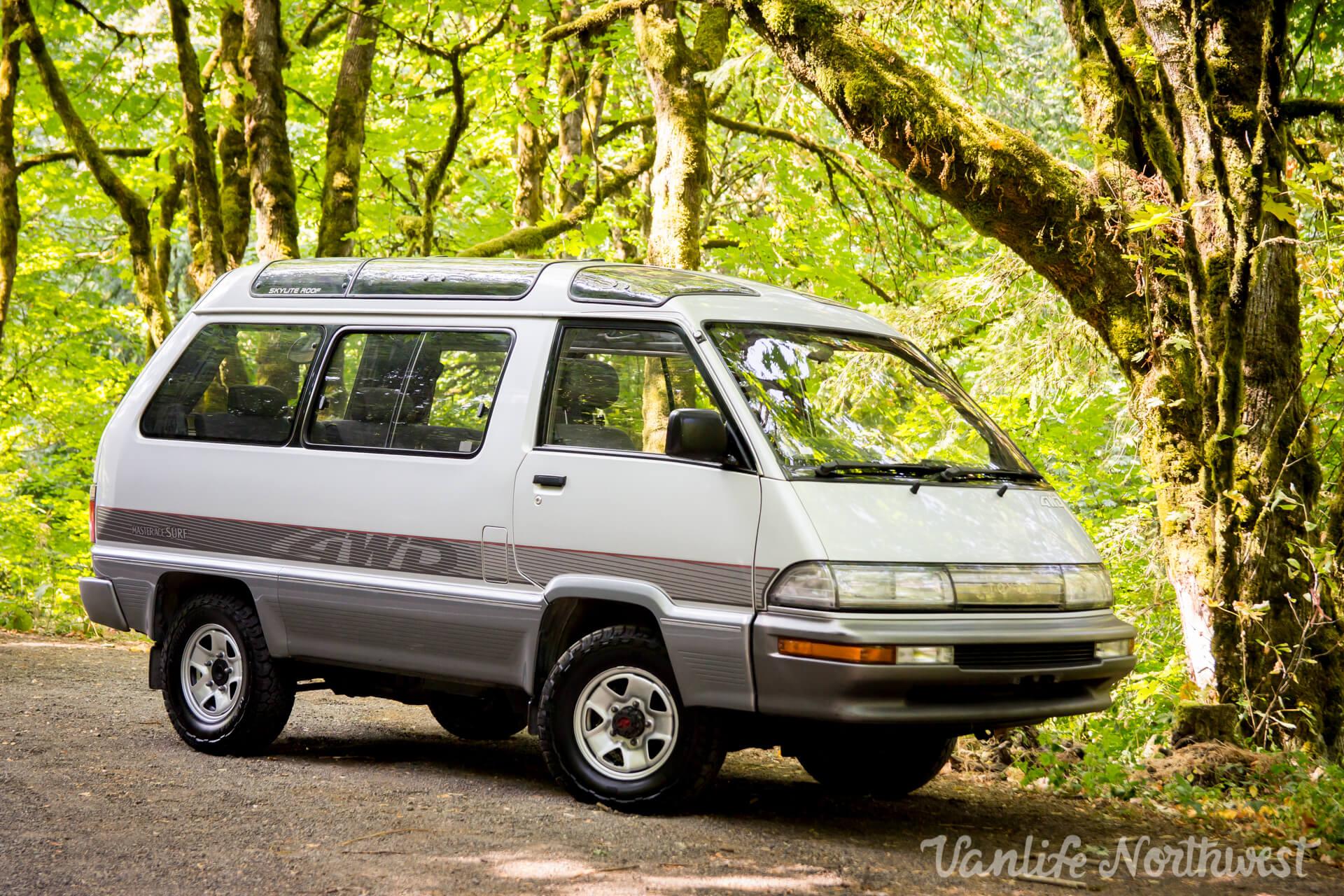 ToyotaCR30SilverRick-25.jpg
