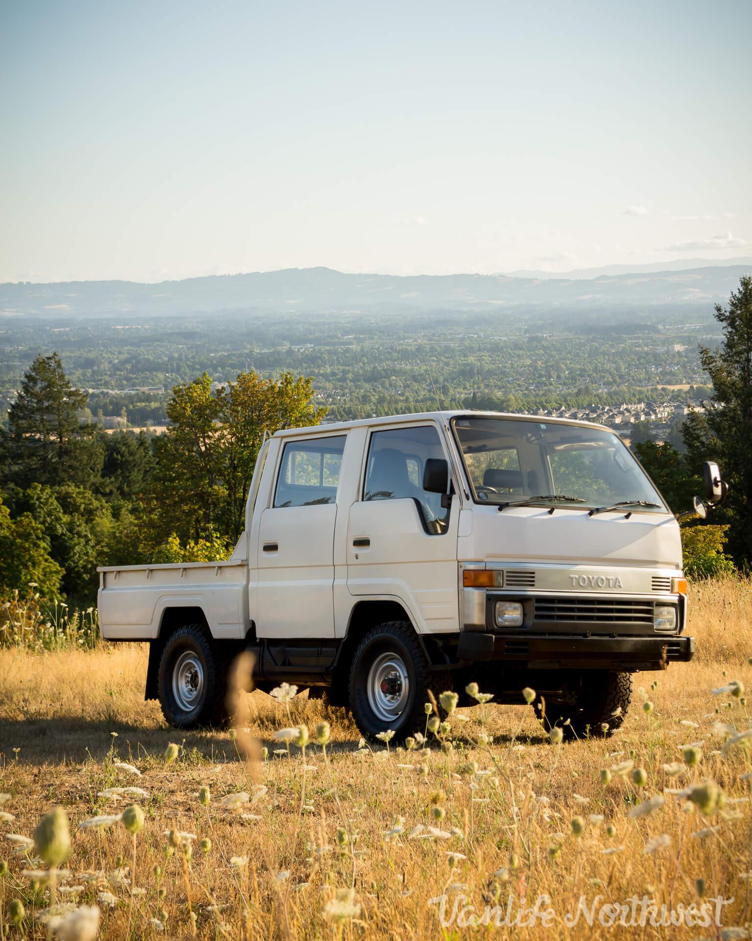 ToyotaHiaceLH85WhiteJosh-7.jpg