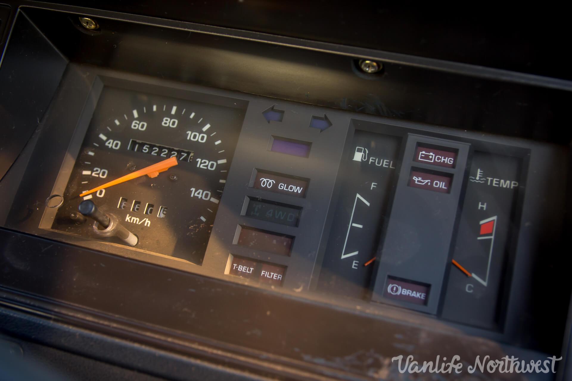 ToyotaHiaceLH85WhiteJosh-26.jpg