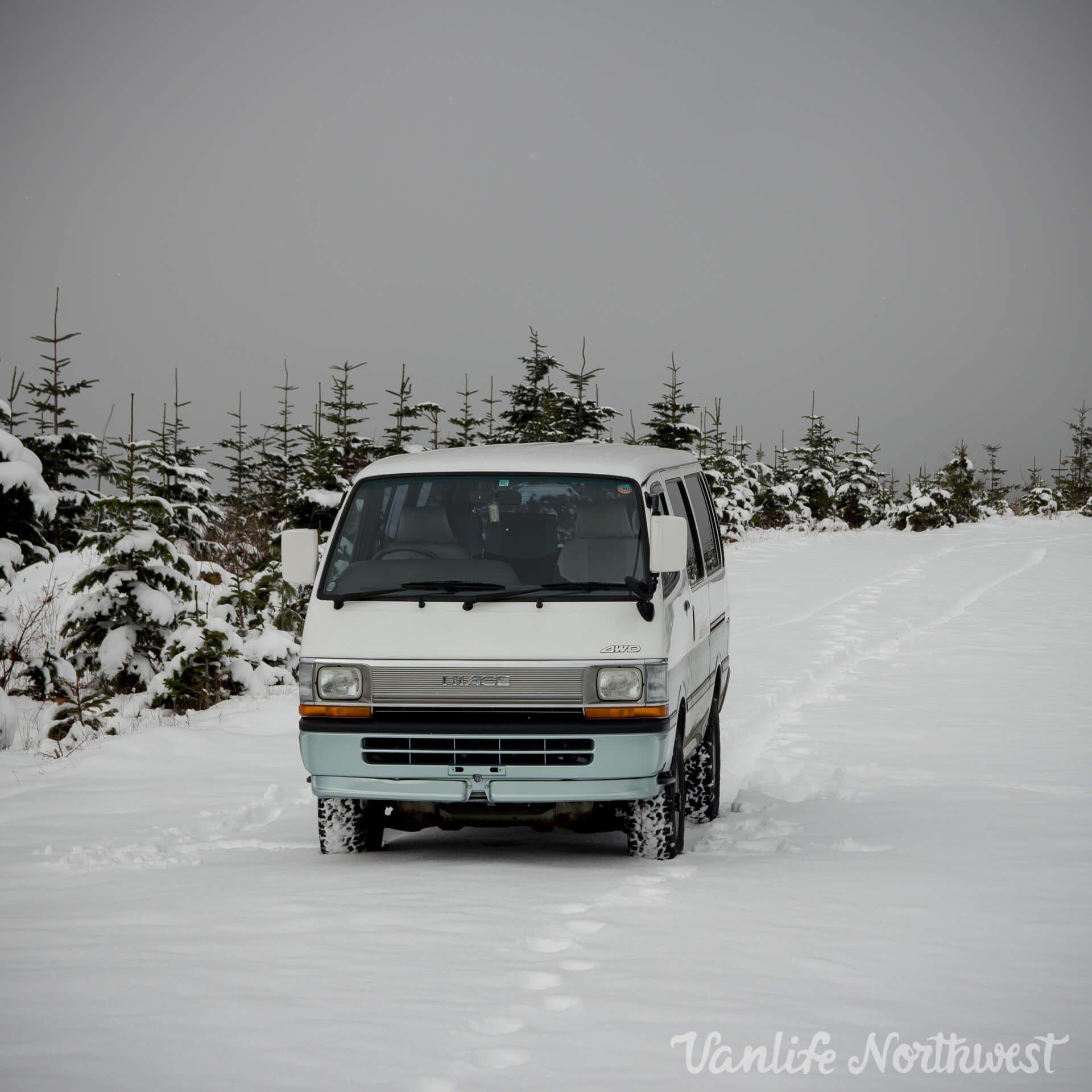 ToyotaHiaceLH119-JoeH-18.jpg