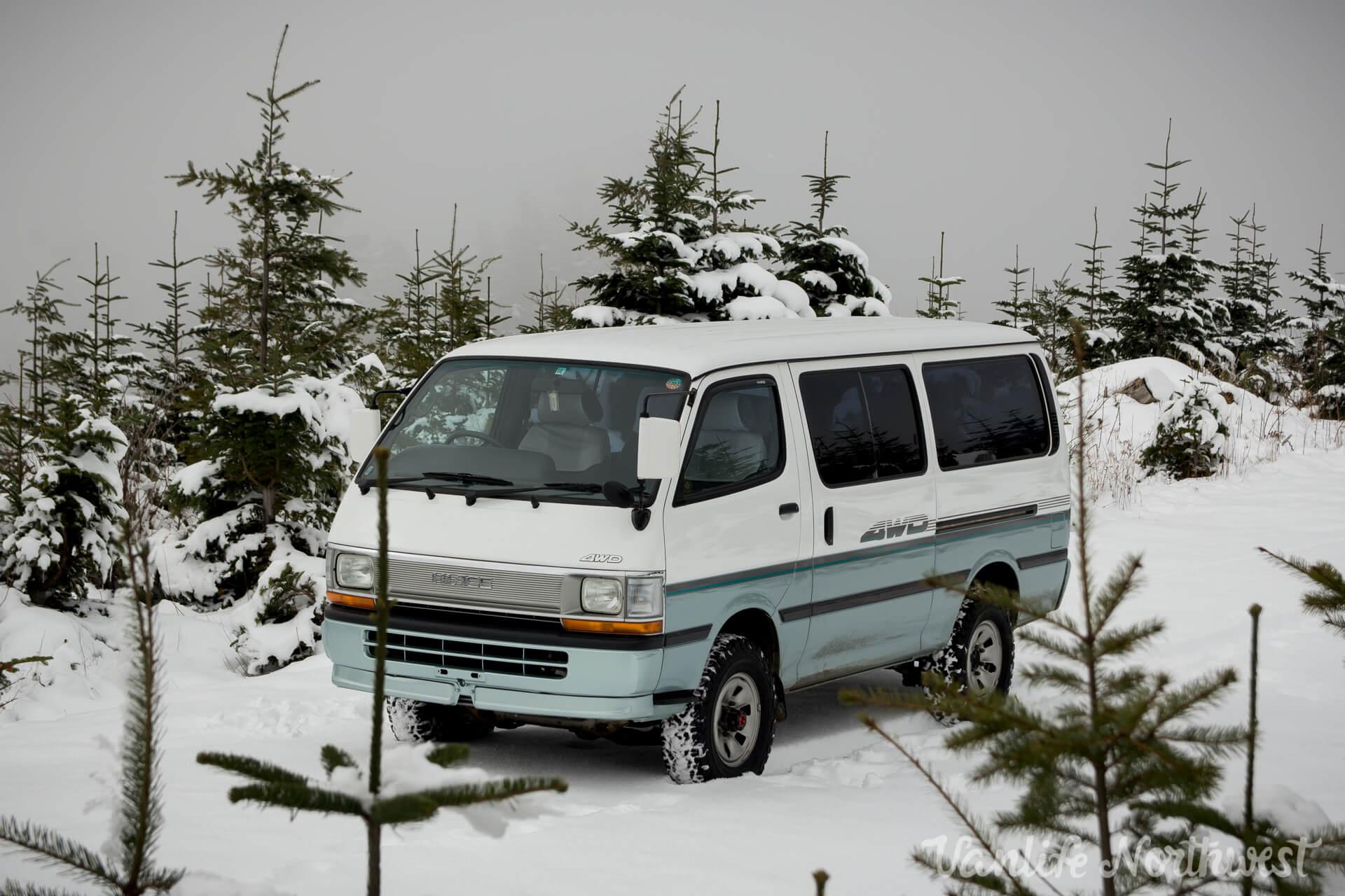 ToyotaHiaceLH119-JoeH-cover-1.jpg