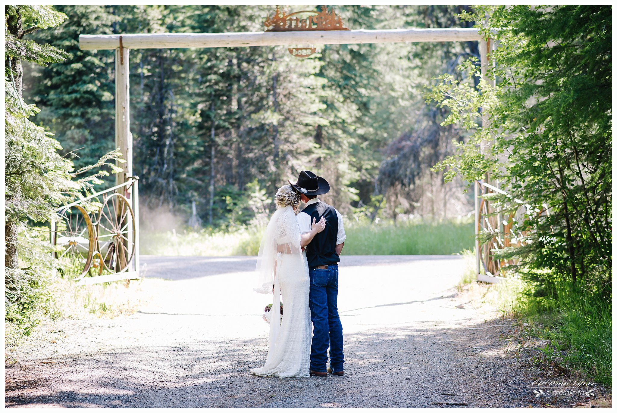 Donnelly Idaho Lake Wedding. Country and Cowboy themed. Love, romance and adventure photography for engaged and wedding couples.