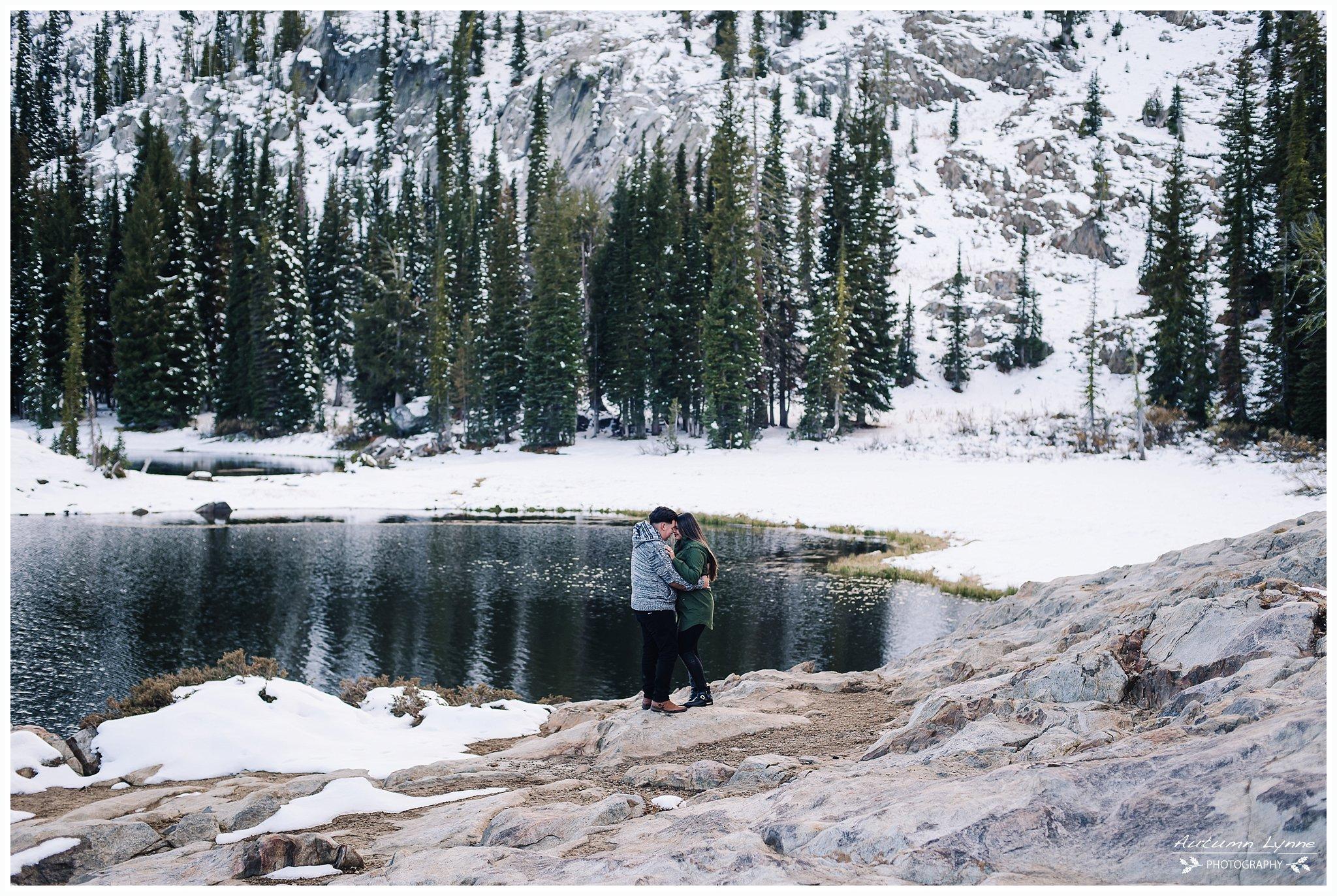 idaho-snowy-lake-adventure-photographer