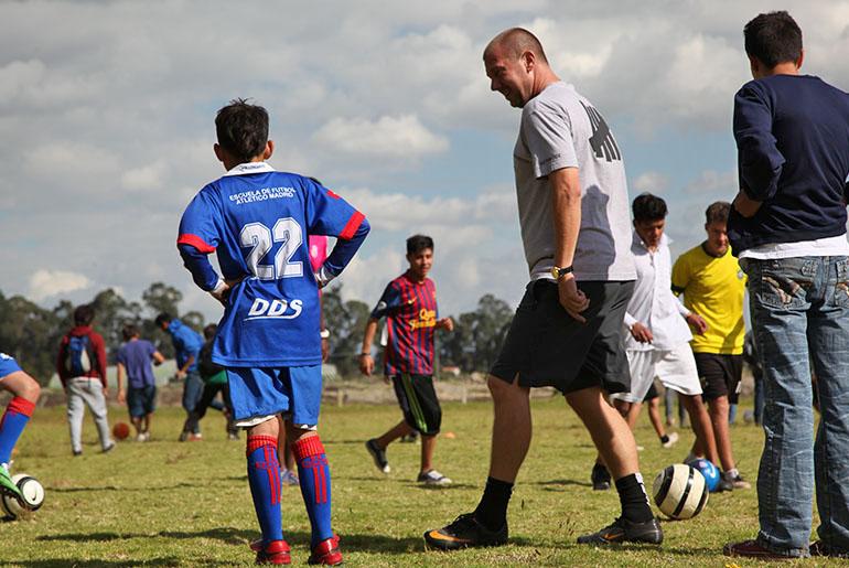 sethmode-soccer-colombia-03.jpg