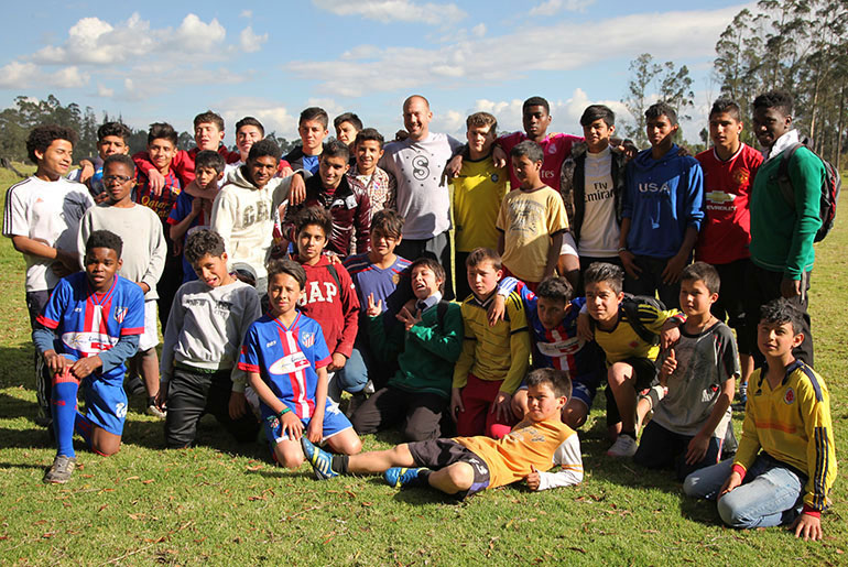 sethmode-soccer-colombia-05.jpg