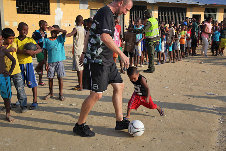 sethmode-soccer-colombia-18.jpg