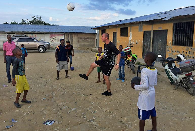 sethmode-soccer-colombia-30.jpg