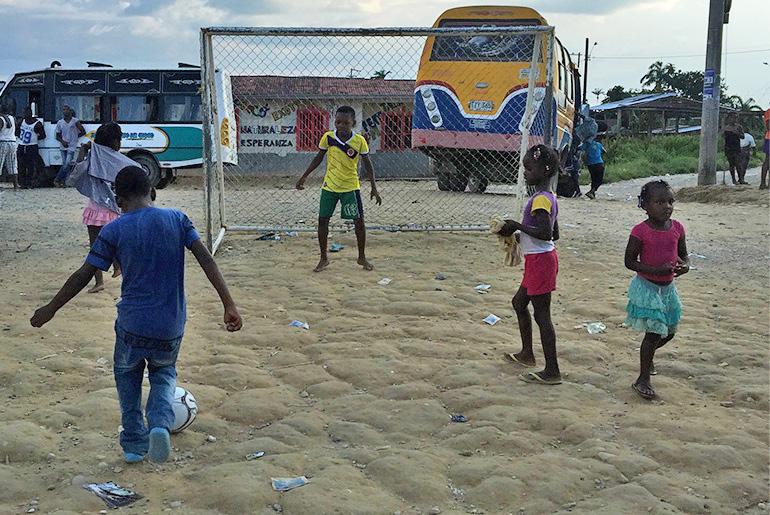 sethmode-soccer-colombia-31.jpg
