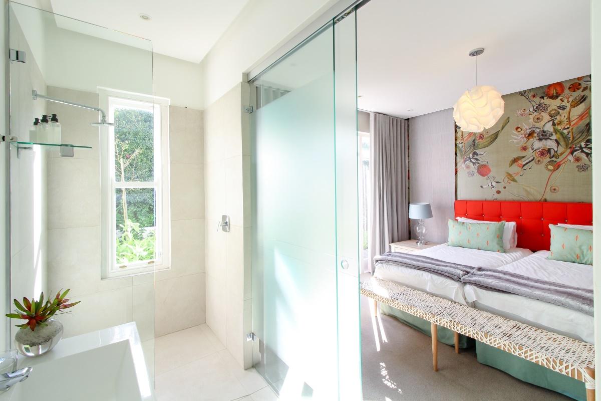 Room_1_6.jpg