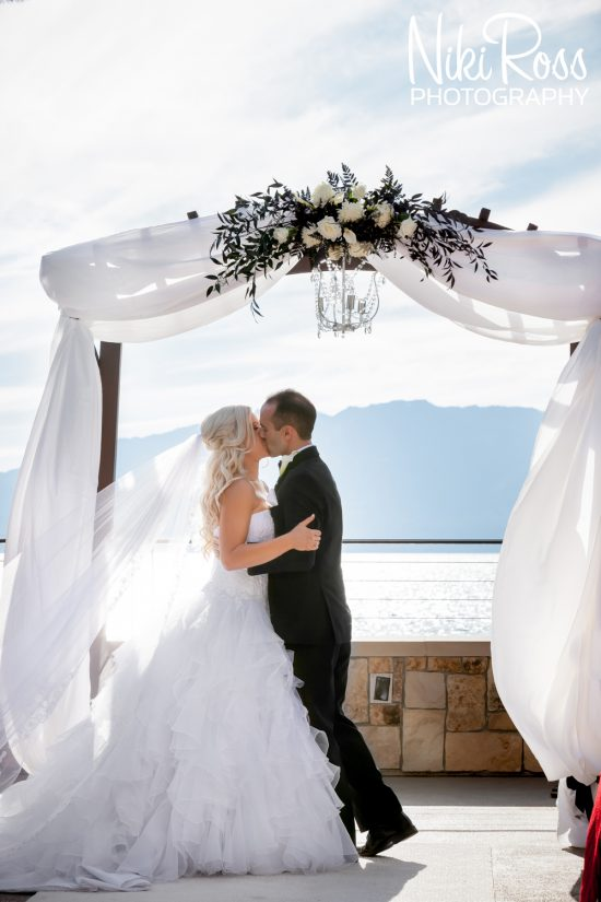 Wedding-in-South-Lake-Tahoe-at-The-Landing-56-550x825.jpg