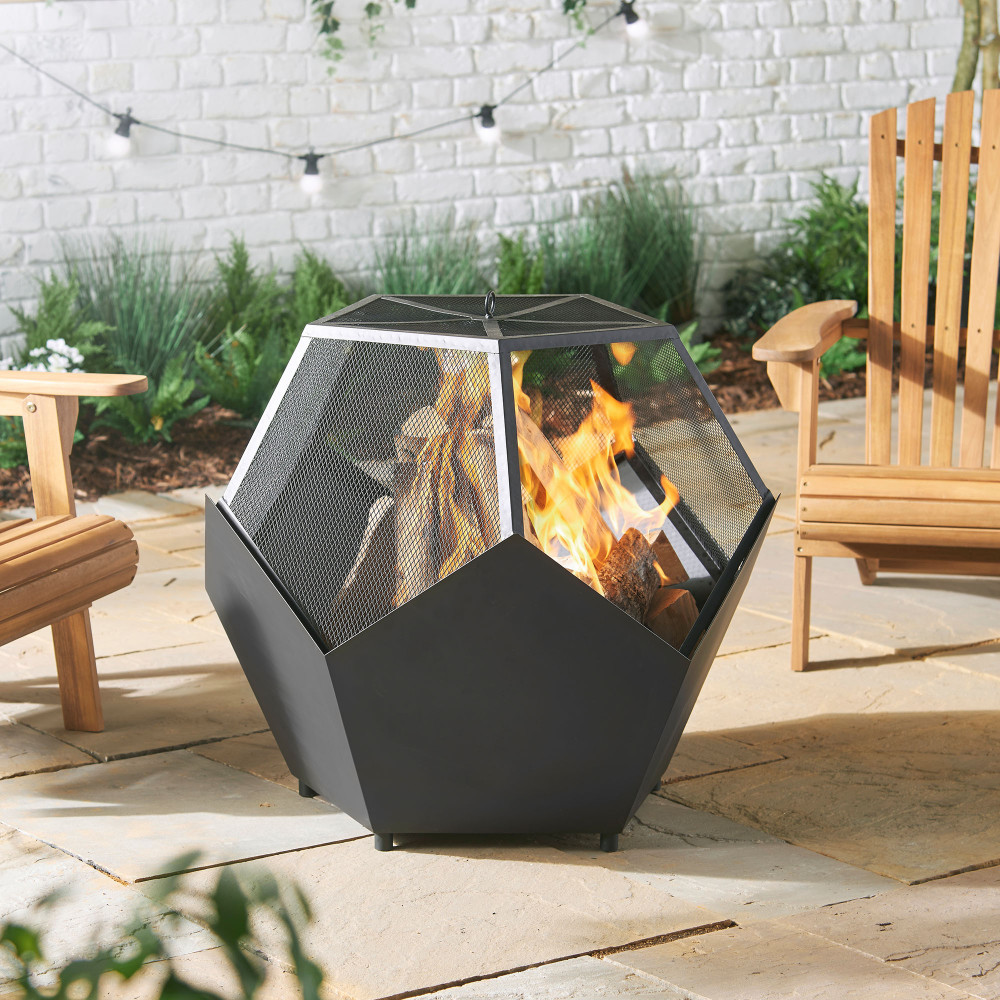 Fire pit from VonHaus available on Amazon