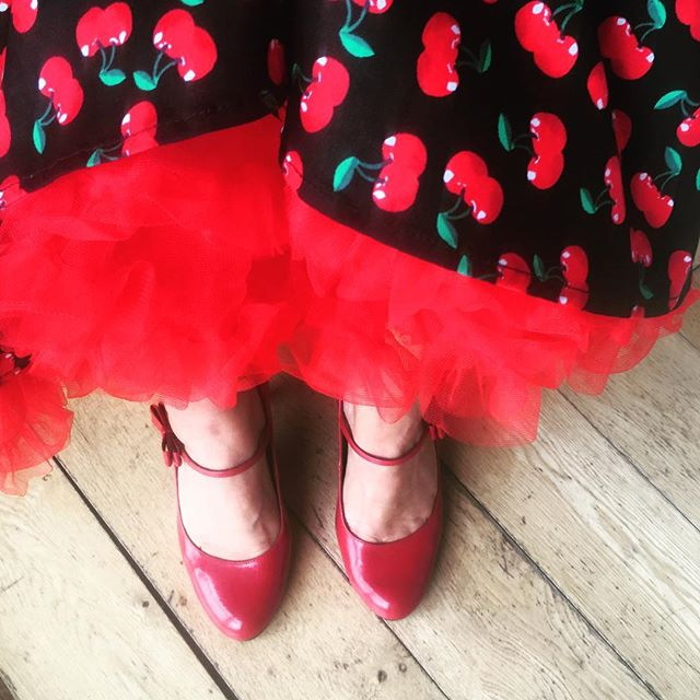 #Saturday #wedding We're coming to get you @sewing_bean ! #redshoes #redcherries @jessiemaymiller