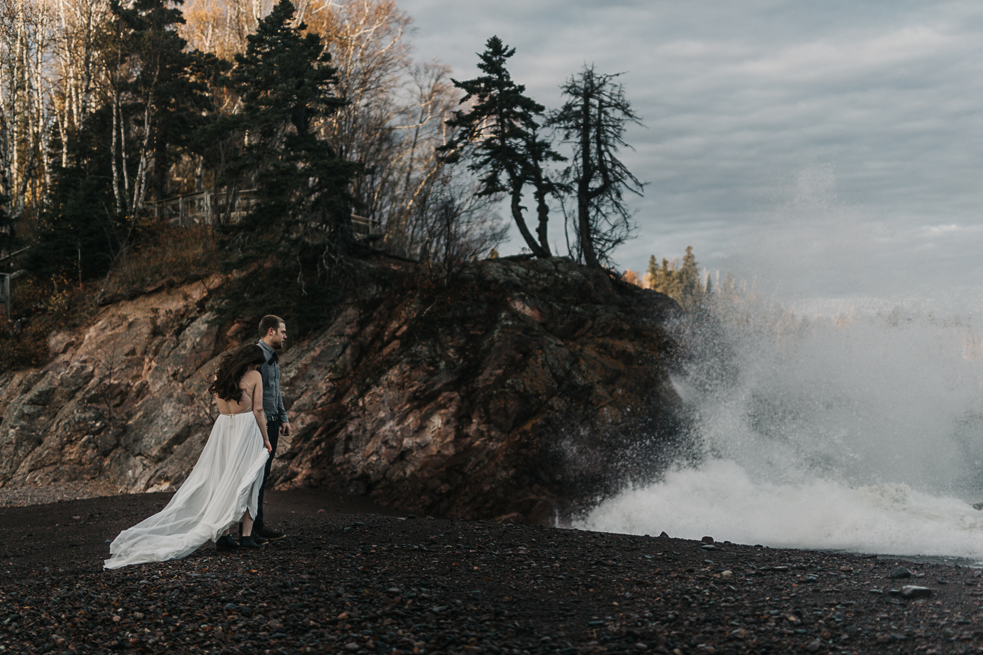 jess-hunter-minneapolis-wedding-lake-superior-elopement-0090.jpg