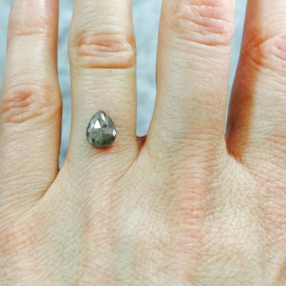 diamond_hand.jpg