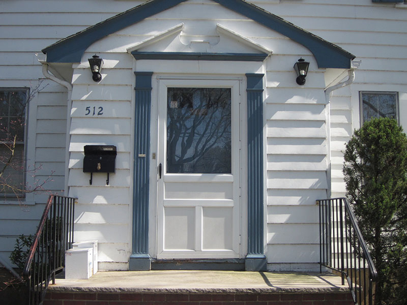 Our storm doors are custom made with high quality aluminum on steel. Built for energy efficiency and security while still remaining distinct and elegant.
