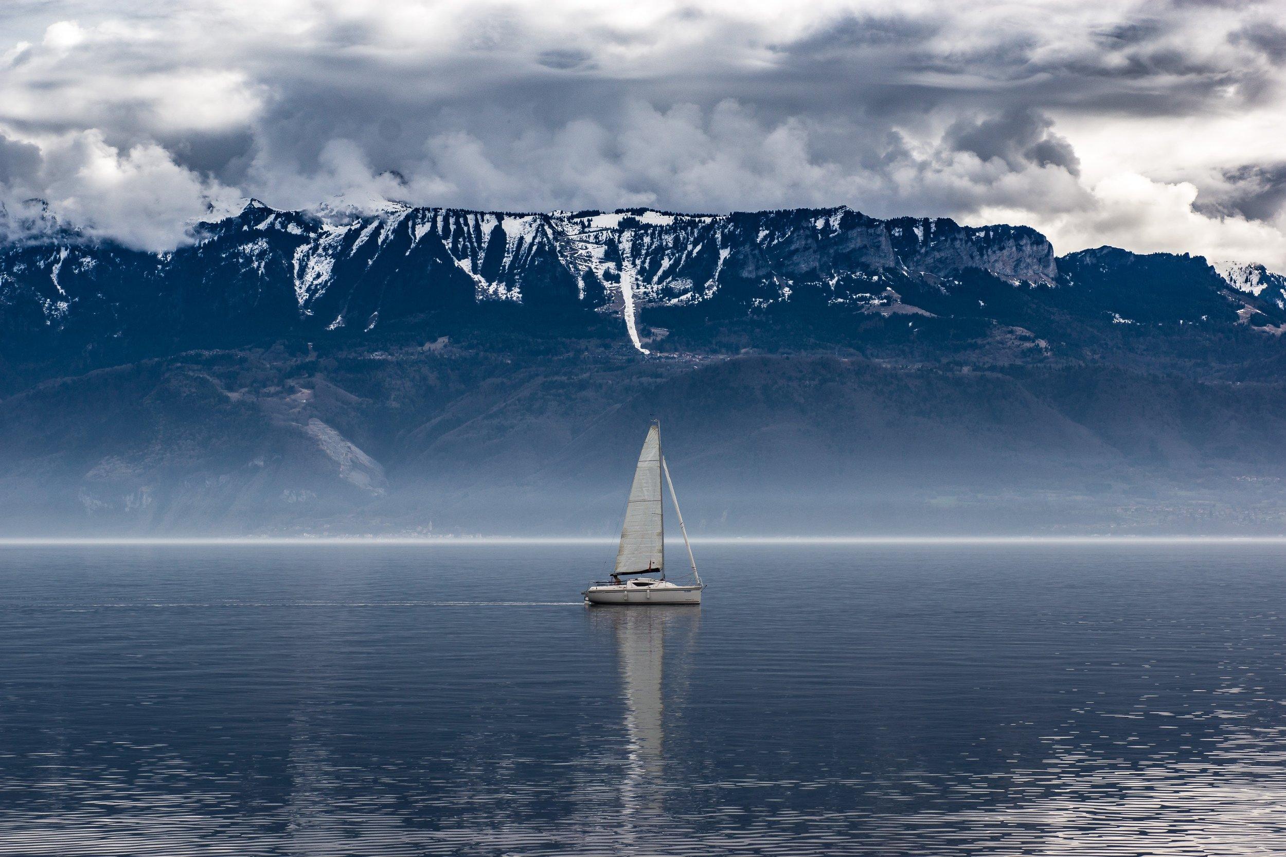 boat-clouds-cloudy-611328.jpg