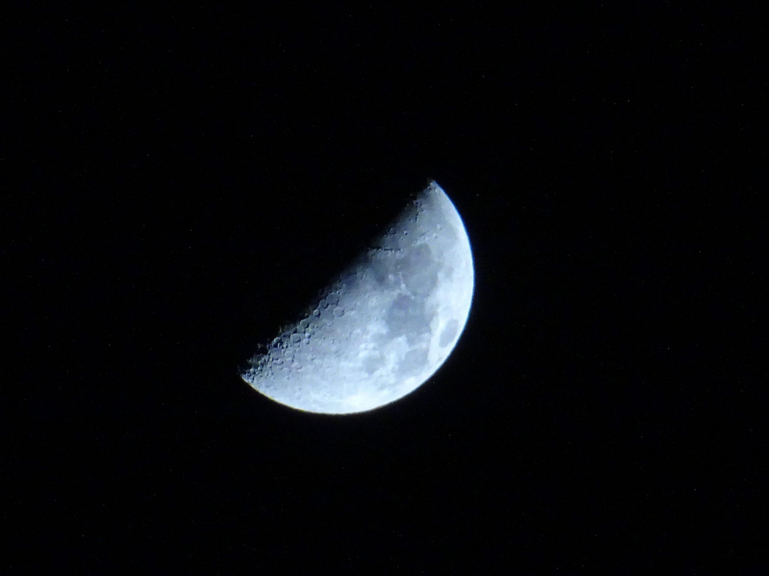 astronomy-crater-dark-331189.jpg