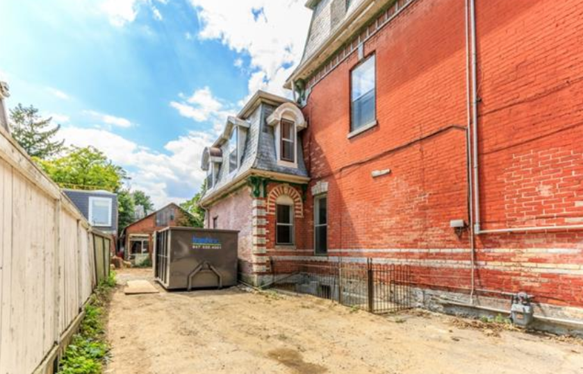 38 Beaconsfield Ave 8.png