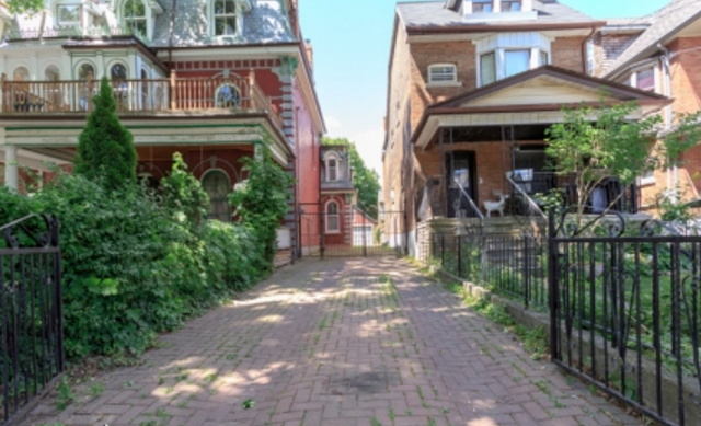 40 Beaconsfield Ave 10.png