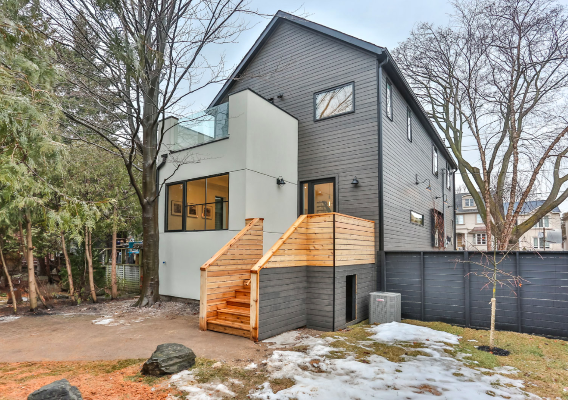 257 Manor Rd E 63.png