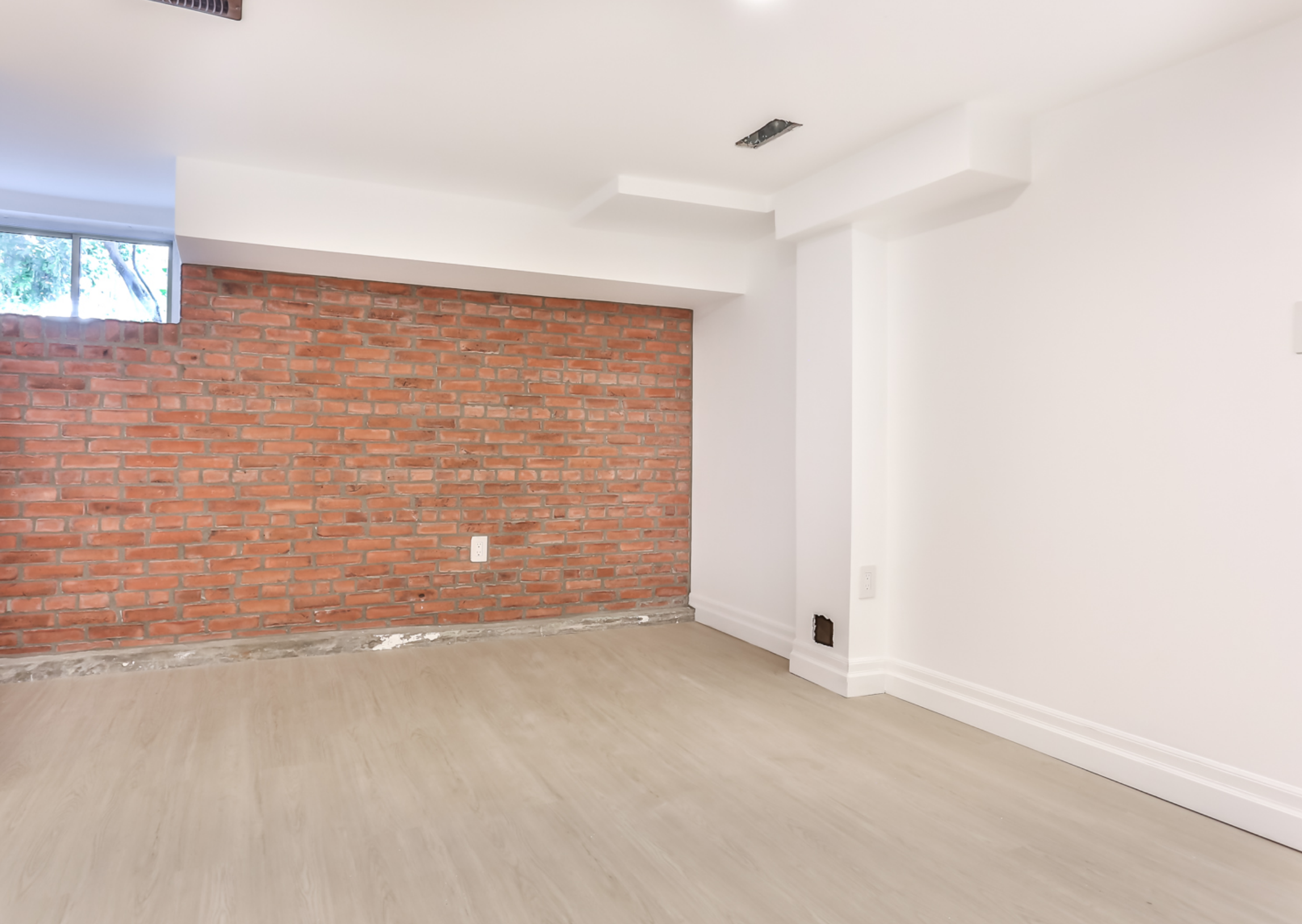 42 McFarland Ave 36.png