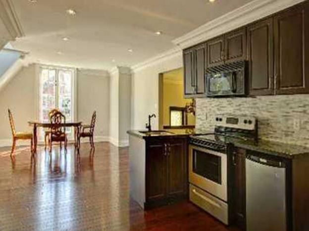 166+Crescent+kitchen.png