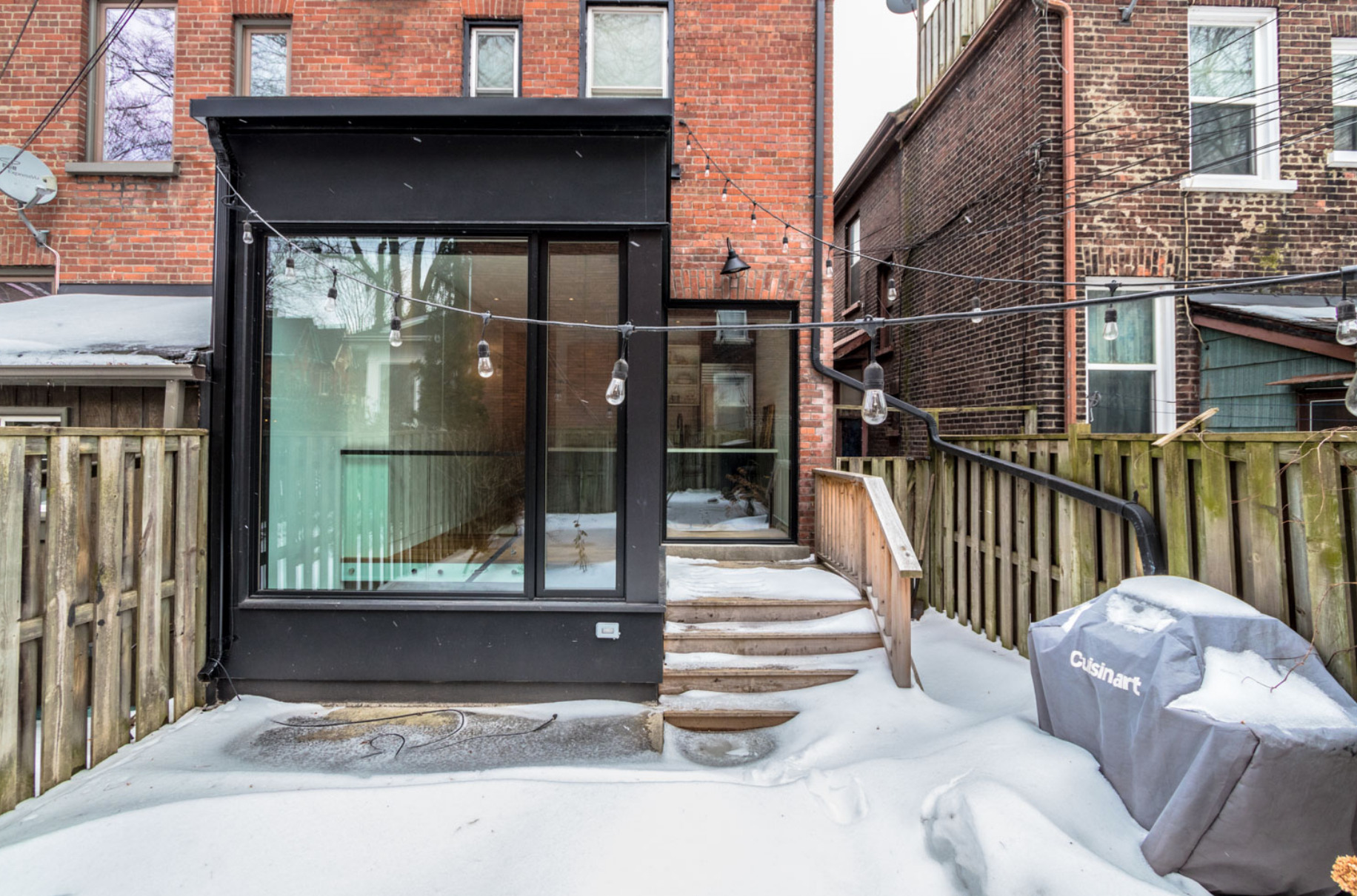 22 Strickland Ave 44.png
