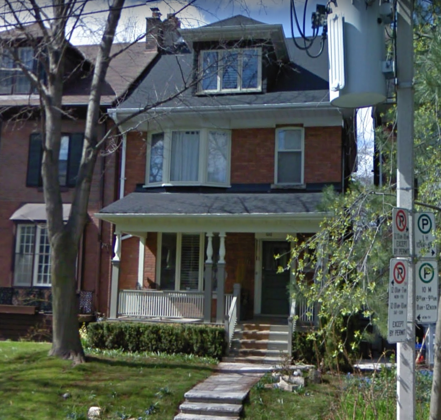 76 Roxborough St W before.png