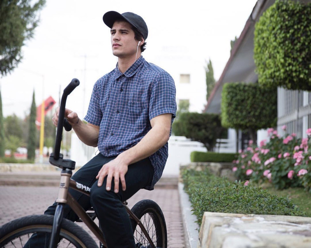Mike Gray   Riding Style: BMX Birthday: November 10th, 1992 Riding since: 2000 From: Newmarket, Ontario. Canada