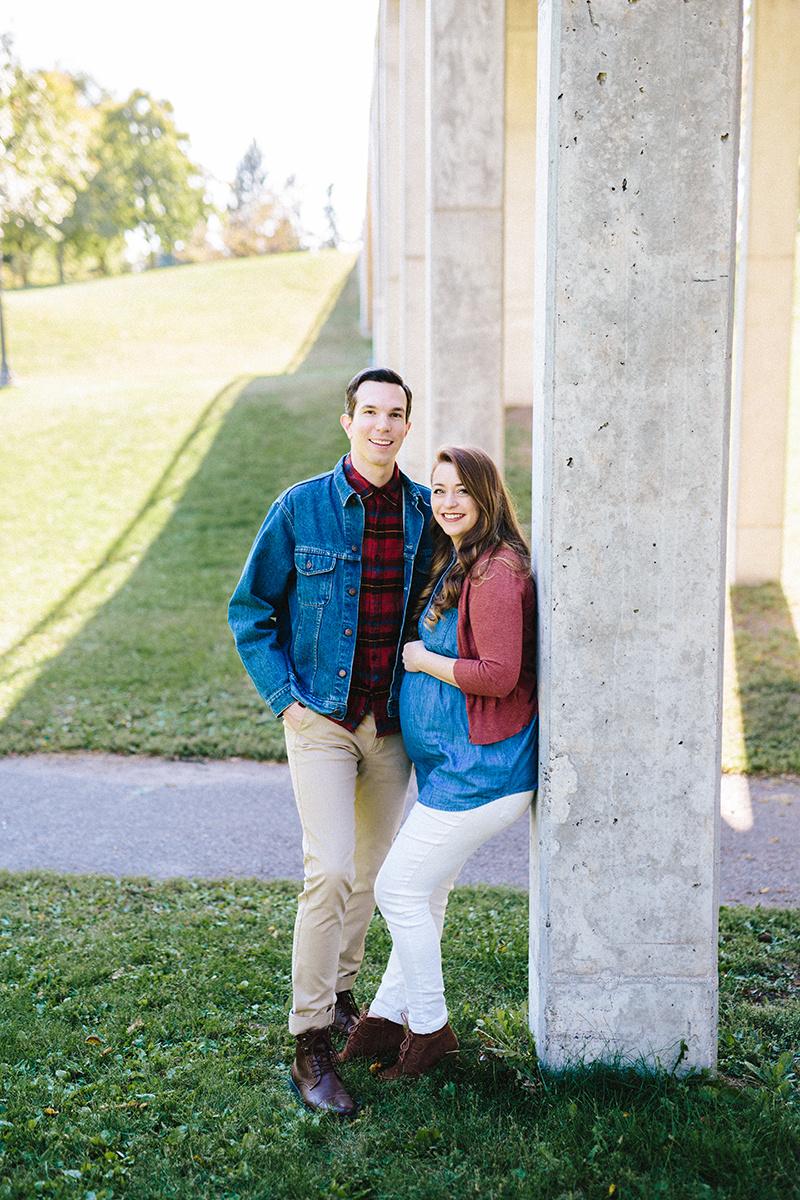 Allie and Ian Maternity 9-17-17-45.jpg