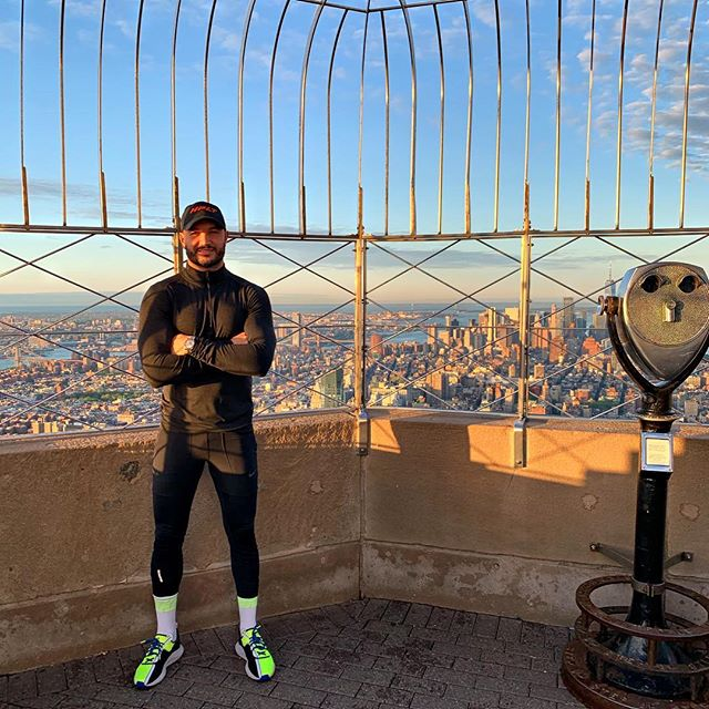 Buzzing from this mornings workout on top of the @empirestatebldg. Next Tuesday I am taking part of the annual @empirestatebldg Race ( 86 flights) and we kick off our @hpltraining weekend with  something very special as well. Truly thankful these opportunities! #mazza #bmazzfit #empirestatebuilding #sunrise #fit #fitness #fitnessmotivation #hplt