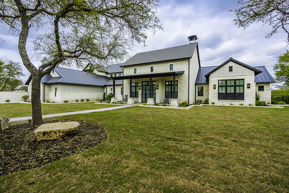 Country Contemporary - Spicewood -