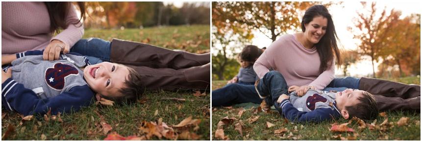 mama tickles Rochester NY family photography