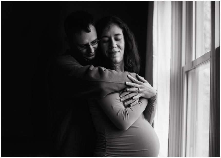 Lifestyle Maternity Photographer Rochester NY
