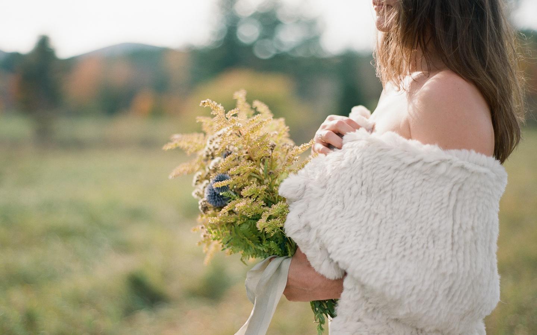 Hayfield-barn-wedding-venue-catskills-fall-outdoor-ceremony-6