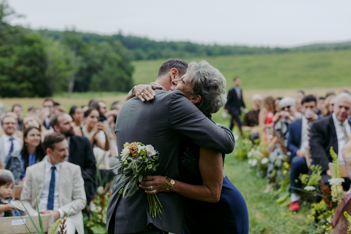 modern-rustic-wedding-catskills-venue-venues-ceremony-outdoors