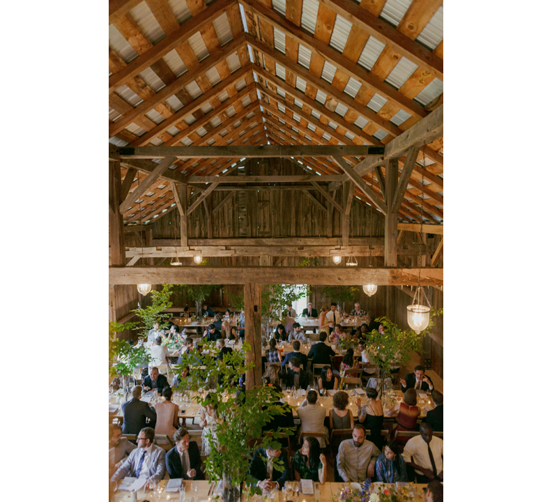 modern-rustic-wedding-catskills-venue-venues-farm-table-5