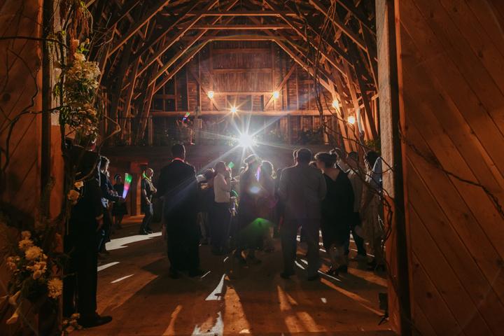 modern-rustic-wedding-catskills-venue-venues-party-dancing-1