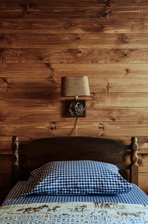 Minwawa_Bedroom_Bunk_Room_045.jpg