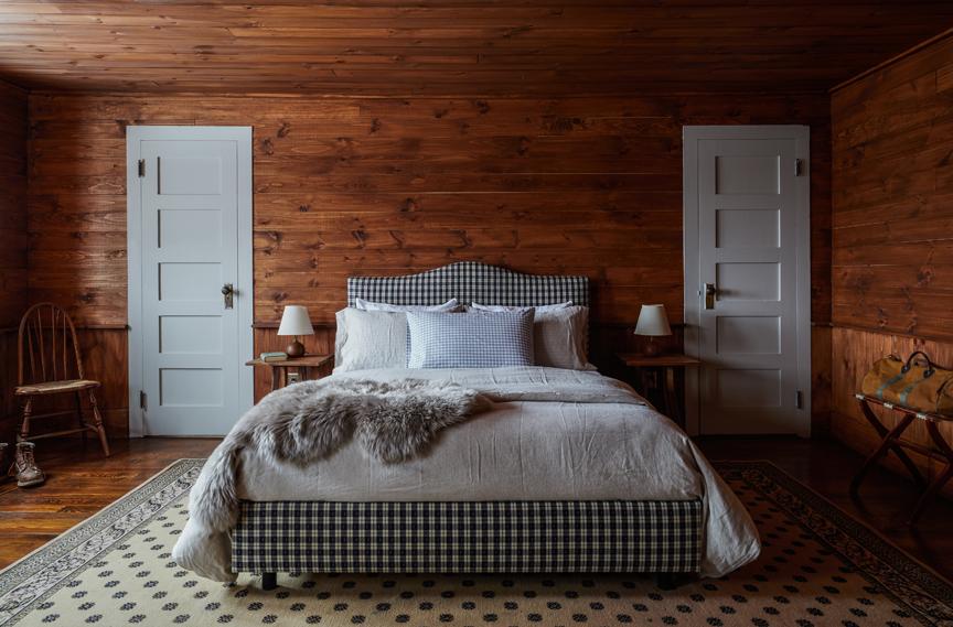 Minwawa_Bedroom_Wood_015.jpg