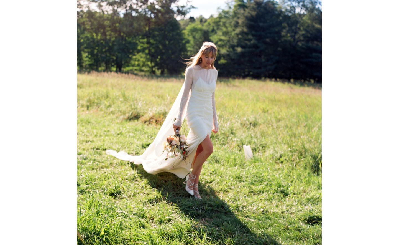 Hayfield-barn-outdoor-wedding-venue-venues-catskills-summer-chic-7