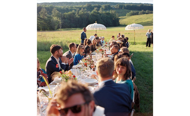 Hayfield-barn-outdoor-wedding-venue-venues-catskills-summer-chic-8