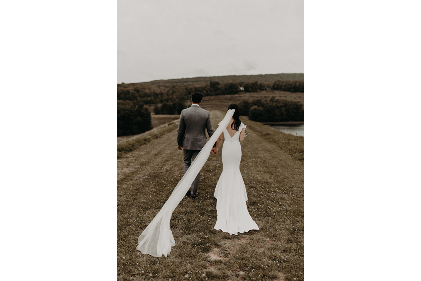 Hayfield-catskills-barn-wedding-weddings-venue-outdoors-upstate-best-top-rustic-trendy-hipster-4