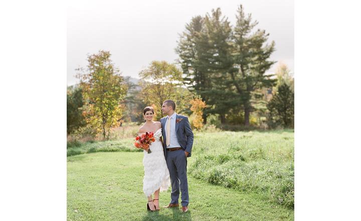 Hayfield_Catskills_rustic-barn-wedding8.png