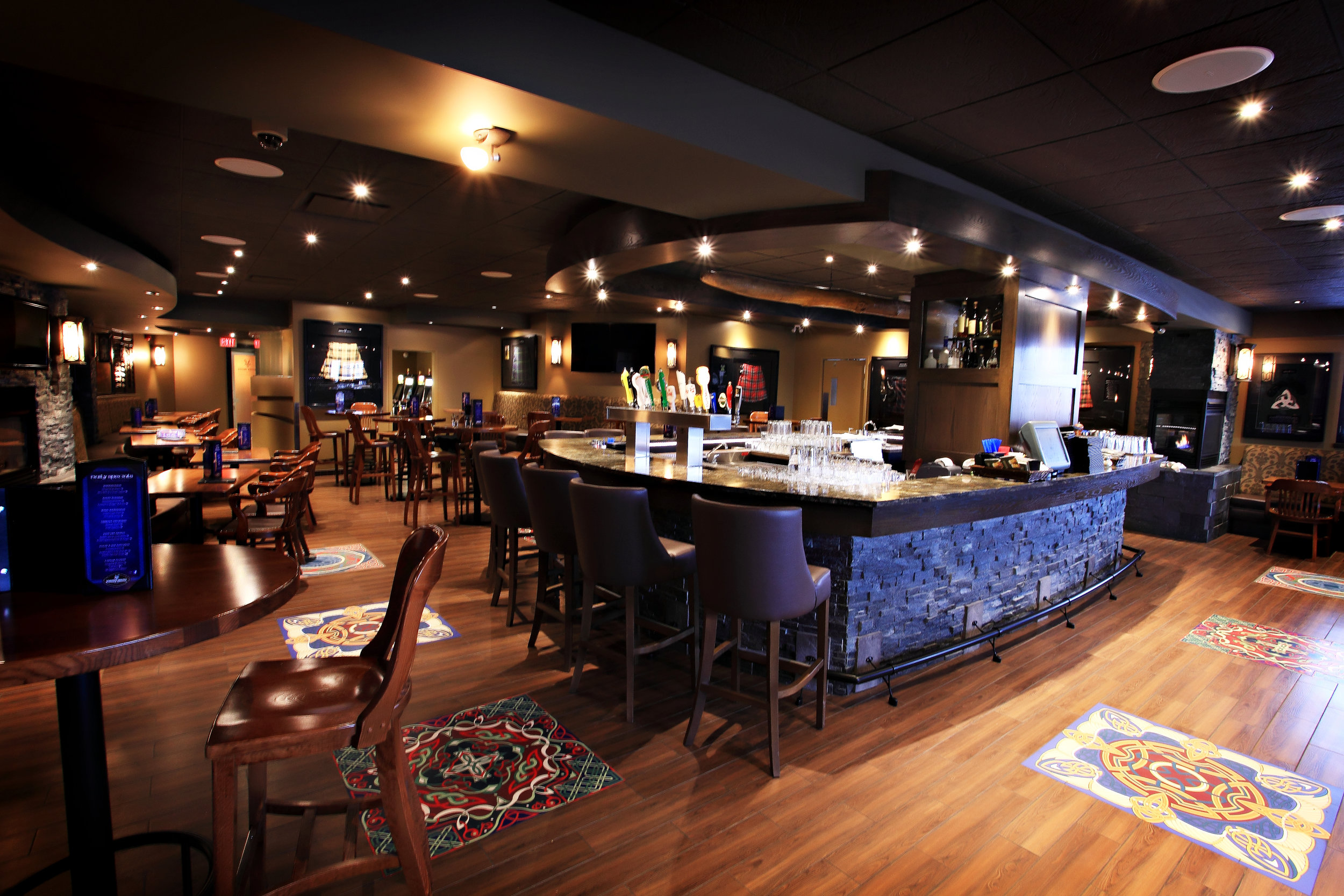 Knotted Thistle Pub - 2014 - Copy.JPG