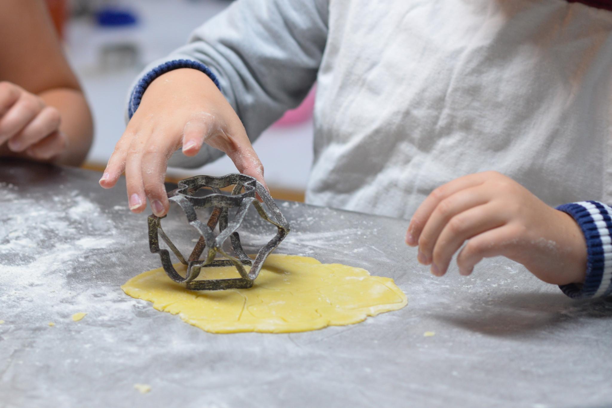 kid cookie cutter cooking kitchen.JPG